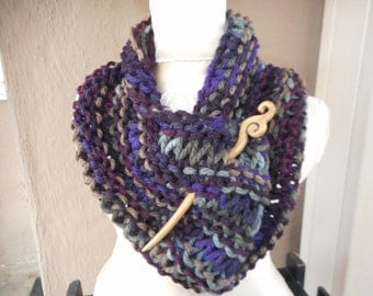 Hand Knit Cowl, Hand Knit Scarf, Hand Knit Infinity, Hand Knit Cowl with Pin,Cowl, Scarf, Infinity