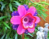 Garden Art -  hand painted garden decor - Outdoor Garden Decorations - Lawn Ornament - glass sun catcher - glass plate flower - garden gift