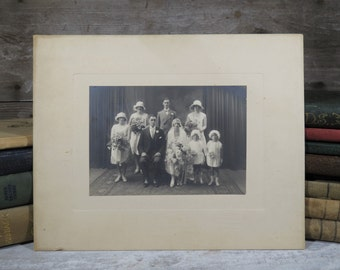 1920s Wedding Photo of Handsome Bride & Groom w Wedding Party