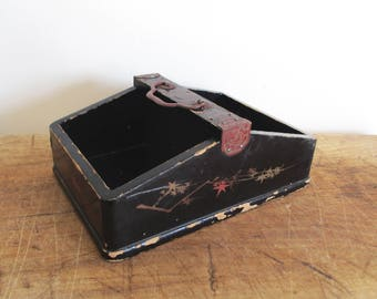 Vintage jewelry wooden box from Asia, Asian box, Hand painted, Boite à bijoux, 1950, Asie