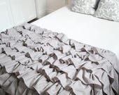 Full / Double Size Ruffled Throw
