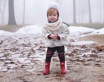 Cream crochet cowl - girls scarf - girls crochet cowl - warm winter scarf - crochet kids scarf - handmade cream scarf - kids crochet scarf