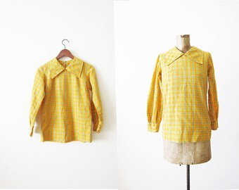 60s blouse / vintage 1960s plaid shirt / mustard yellow top / mod retro 60s blouse / twiggy / small