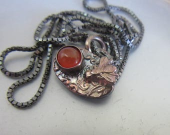 Filigree Pendant with Fly - Agate Silver Pendant