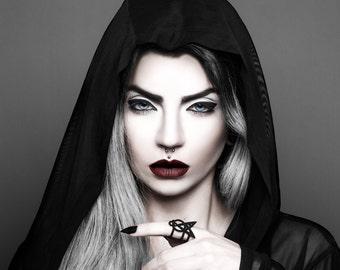 Ring of Dominance in Black