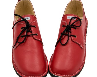 Red leather shoes, leather lining, Vibram sole, velcro fastening/laces, support barefoot walking, sizes EU 29 to 36 - US 11.5 to 5.5