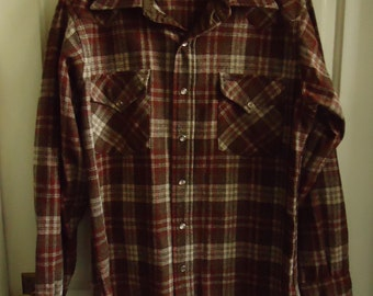 Vintage 70s PENDLETON Wool Snap Button Western Shirt sz M