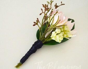 Silk boutonniere / Wedding buttonhole / Grooms bout / Rustic boutonniere / Men's wedding buttonhole / Groom boutonniere / Flower buttonhole