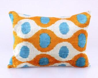 ikat velvet pillow, ikat pillow, home decor, silk pillow, hand-woven ikat, uzbek ikat textile, ikat, pillow for sofa