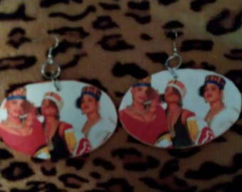 Med/large salt and pepa earrings
