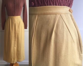 1940s Jantzen Wool Tweed Skirt, Yellow Wool 40s/50s Wool Tweed Pencil Skirt with Bakelite Button, Goldenrod Yellow Wool Winter Skirt