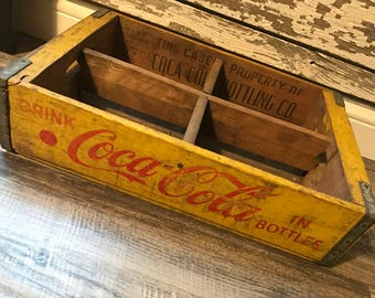 Vintage 1968 Coca Cola Coke in Bottles Wood Soda Crate Charleston SC