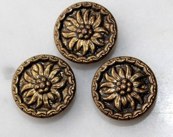 Vintage  brass metal button floral flower self shank 5/8 inch diameter.1940's sewing supply excellent condition