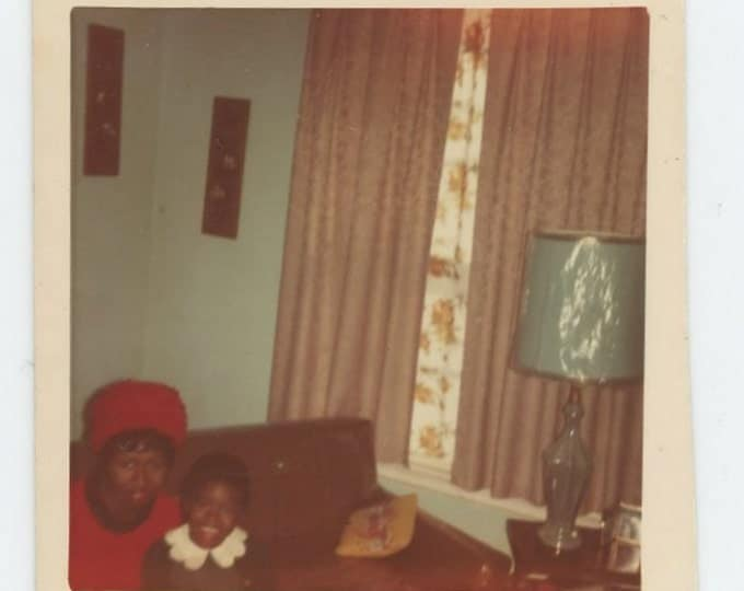 Vintage Snapshot Mini-Photo: Small Girl & Woman in Living Room, c1960s (71537)