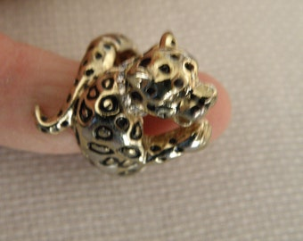 Costume Leopard Ring with Rhinestone Collar - Adjustable