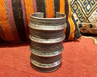 VINTAGE CUFF BRACELET Ethnic Silver Wide Tribal Woman's Extraordinary Collectible Arm Cuff