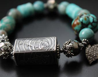 Anne Choi singing fishy bead bracelet multi gemstones bracelet genuine diamond fish charm bracelet tropical ocean blues OOAK bracelet