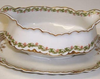 Haviland Limoges France CLOVERLEAF GRAVY or SAUCE Boat with Attached Underplate