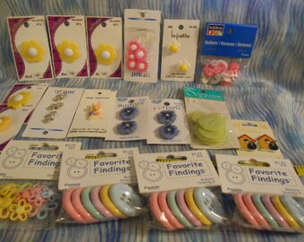 Springtime Buttons-New-17 Cards/Bags