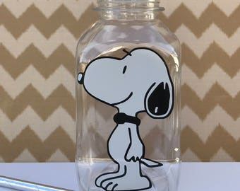 Snoopy 8 oz Vinyl Cup Plastic Milk Bottle with Yellow Lid