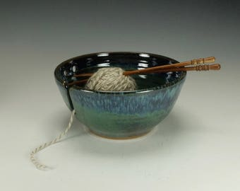 Yarn Bowl, Large, blue/green, chunky yarn.  Knitting bowl.  Ready to ship.