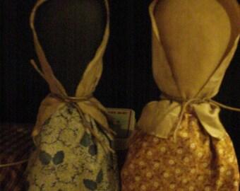 Set of Two Primitive Prairie Stump Dolls