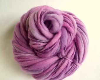 RESERVED LISTING -Thick and Thin knitting yarn, chunky merino knitting wool, pink / pale purple, pastel, big knitting wool, handspun yarn
