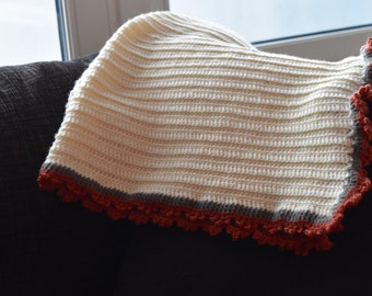 Regal babyblanket with a princess crown border - Burnt orange, grey and off white - Size 73 x 92 cm - Handmade