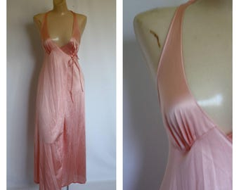 Vintage Vanity Fair Lingerie Nightgown /  70s Salmon Pink Wrap Nightgown  / 1970s Sexy Long Gown Nightie XS/S