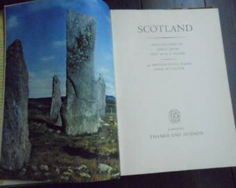 Scotland History 197 Illustrations with Notes 1957 Edition by Fraser & Smith Castles, Regions, People, Poetry, Lore Highlands of Outlander