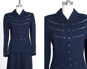 KNOCKOUT 1940s Erlebacher Navy Wool Suit with Aqua Crepe Rayon Insets and Embroidered Arrows
