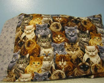 Cats Galore/Pillowcase/Gray Floral cuff