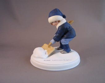 """bisque figurine Jessie Willcox Smith girl shoveling snow winter scene tween grandmother GIFT NearMINT well made quality details 3.75"""" tall"""