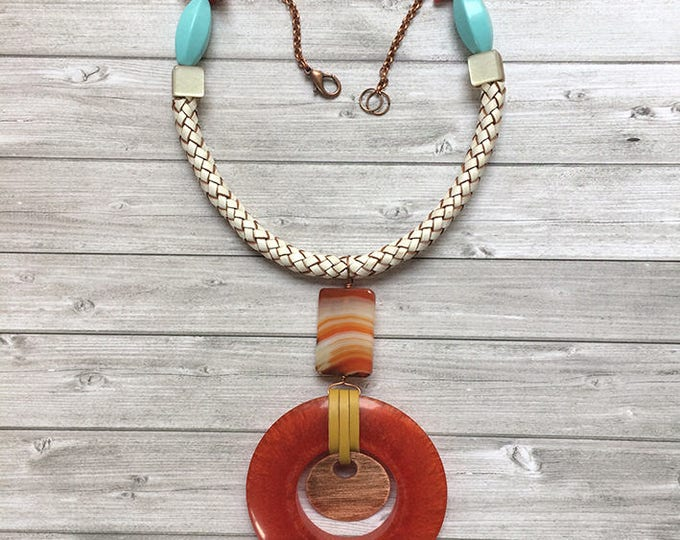 Bold necklace -Tribal necklace -leather and agate necklace -ethnic - statement necklace