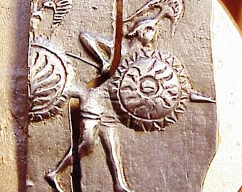 VINTAGE SILVER (800)  BROOCH  Warrior with Shield  Fine Cast Pin