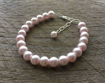 Pink Pearl Bracelet Blush Bridal Bracelet One Single Strand Simple Pearl Bracelet on Silver or Gold Chain