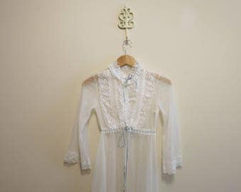 Robe bridal blue white sheer night gown pinup bed jacket 1950s S