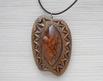 Wooden carved pendant with agate