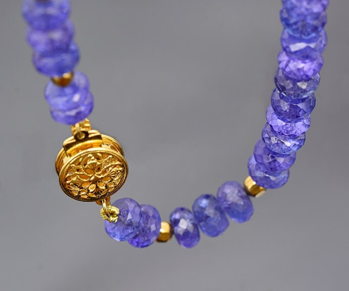 Famous Tanzanite: Breathtaking Faceted Tanzanite Bead Necklace With 14 Kt
