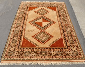 Earth Tone Gabbeh Rug -- 6 ft. 6 in. by 4 ft. 6 in.