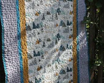 Adventure Awaits Baby Quilt // Gifts for Toddlers // Gifts for Babies // Baby Quilt // Nature Quilt // Mountains Quilt