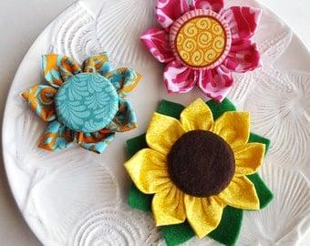Flower magnets Fabric handmade flowers Sunflower magnet Pink button flower bloom Teal orange fabric flower magnet Set of 3 flower magnets