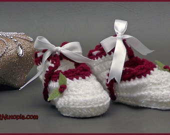Holly Days Handmade Crocheted Baby Booties Shoes Slippers Infant 3 months