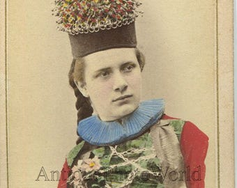 Switzerland Fribourg woman in amazing native hat antique hand tinted CDV photo