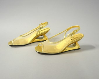 1990s gold mesh cutout slingback wedges - size 7 1/2