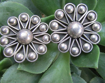 Mid Century Modern Taxco Mexico Silver Flower clip on Earrings Signed
