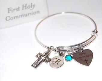 FIRST COMMUNION bracelet. Girl First Communion. Monogram Letter. First Communion Gift. Communion Gift. Catholic gift. Swarovski Crystal.
