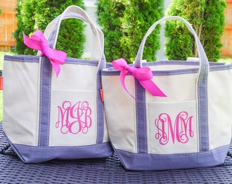 Monogrammed Lunch Tote, Small Bridesmaid Gift Bag, Personalized Tote, Bridesmaid Gift, Reusable Gift Bag, Canvas Tote, Teacher Tote Bag