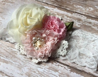 Light pink and cream vintage look baby headband, feather accent, shabby chic flower, lace headband, baby girl headband, birthday, photo prop