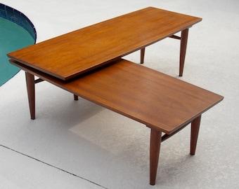 Mid Century Long Coffee Table Danish Modern 1960s Pencil Legs L Shape